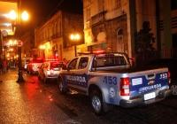Força-tarefa fiscaliza venda de bebidas alcoólicas nas ruas do Centro Histórico