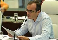 Vereador Evaldo requer lista de imóveis  próprios da Prefeitura que estão sem uso.