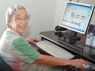 Idosos buscam aulas de idiomas para prevenir Alzheimer